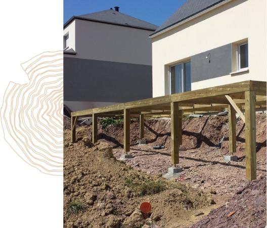 Mise en place de la structure de la terrasse sur pilotis